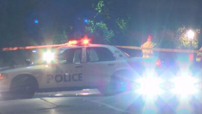Autoridades buscan al conductor de una camioneta que atropelló a una mujer y luego se dio a la fuga