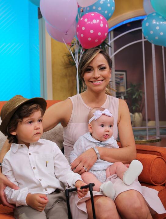 Satcha Pretto con Alana y Bruce en Despierta América
