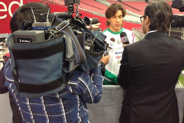 La selección mexicana de fútbol llegó el martes a A...