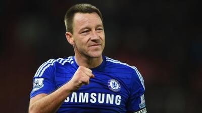 El veterano defensor inglés seguirá con el Chelsea hasta el próximo año.