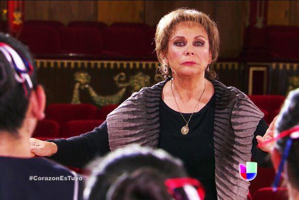 ¡Sí! ¡Es doña Soledad, la mamá de Ana!