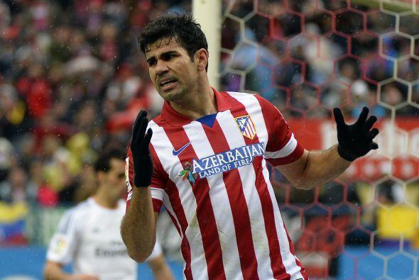 Diego Costa, quien no tuvo su mejor partido, se lamentaba de una oportun...