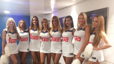 En fotos: el sensual apoyo que reciben Gustavo Ayón y el Real Madrid Baloncesto