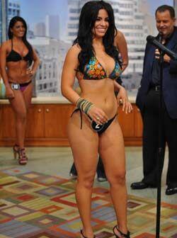 La cubana Dayamí Padrón estaba un poco nerviosa, debe ser por tener tant...