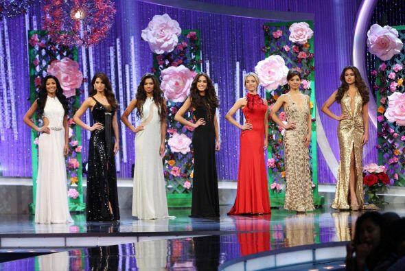 En cada gala contamos con un diseñador de lujo para vestir a las chicas...