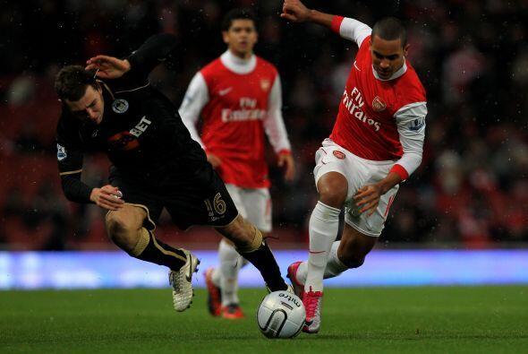 Otro equipo que avanzó fue el Arsenal, que enfrentó al Wigan.