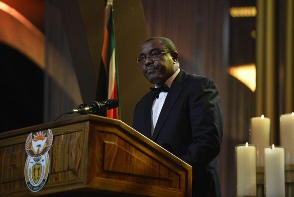 El primer ministro de Etiopía, Hailemariam Desalegn, habla durante la ce...