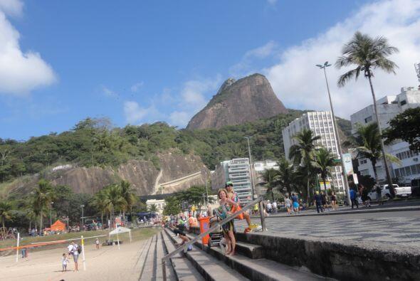 Aquí va otra vista de la zona de Leblón, en Río de Janeiro.