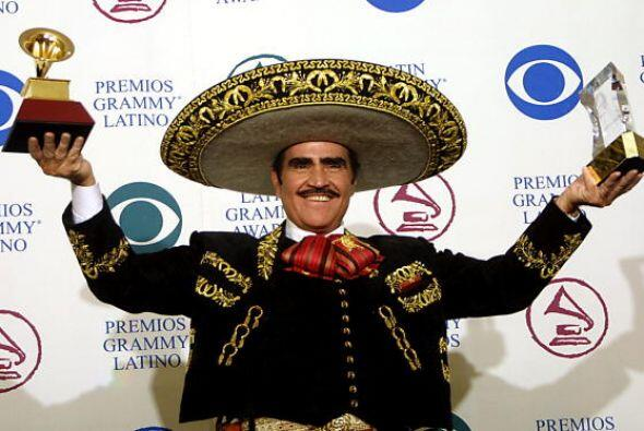 Vicente Fernández Gómez es uno de los artistas más famosos y reconocidos...