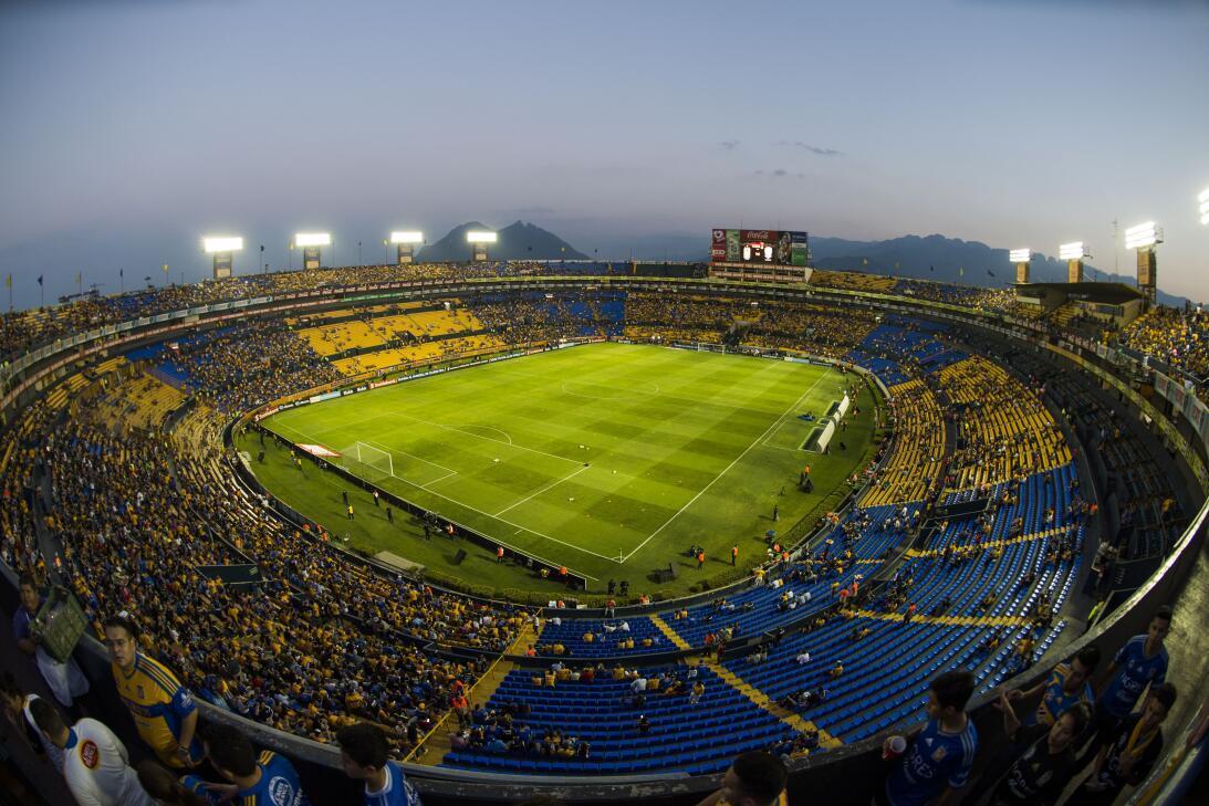 Sabrosura y color en la fiesta de la ida de la final de la Concacaf Liga...