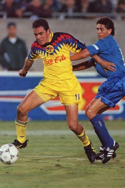 Cuauhtémoc Blanco debutó el 2 de Diciembre de 1992 con el...