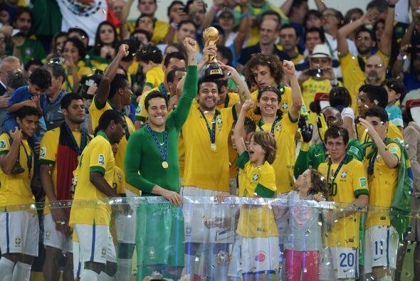 Triunfo destacable el de Brasil en su Copa Confederaciones. La Canarinha...