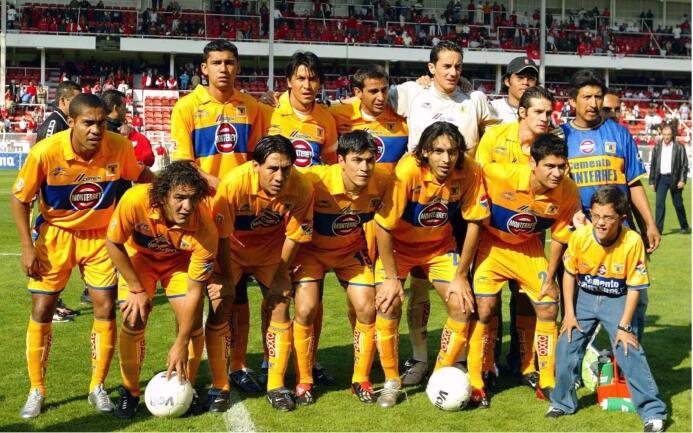 Pachuca volvería a ser verdugo de Tigres pero en el Apertura 2003. Fue u...