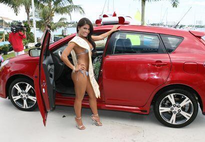 Este es el auto Pontiac que se ganó Mara. ¡Felicidades!