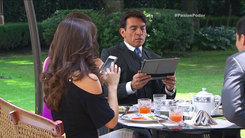 Cupido no lo deja, ¡Arturo sigue amando a Julia! 89F3EF60CB944BE787647D8...