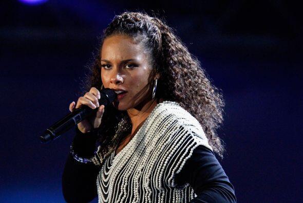 18. Alicia Keys ¡Mira nada más! Otra cantante en la lista. La diva del R...