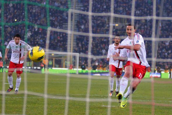 Y la solución llegó con un penalti cobrado por Zlatan.