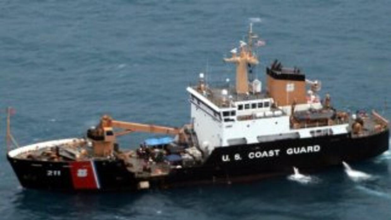 Honduras interceptó un submarino donde halló más de 5.3 toneldas de coca...