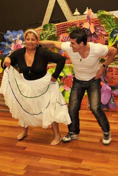 Una de las recomendaciones del maestro de baile es que disfruten el bail...