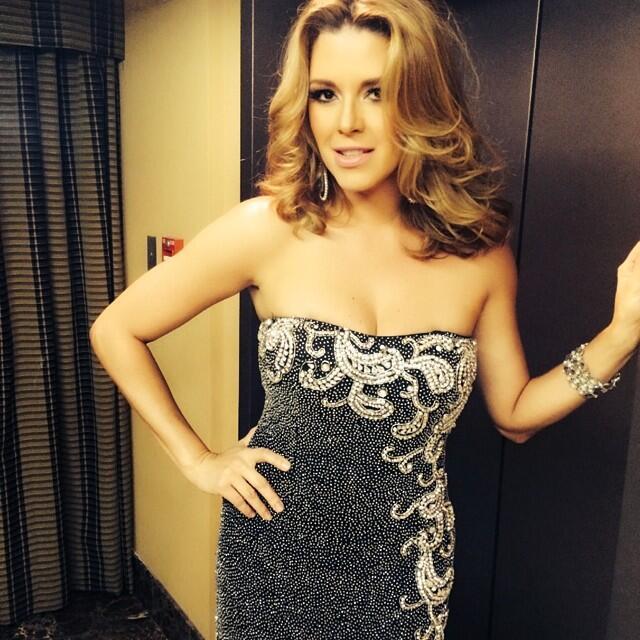 Alicia Machado cumple 21 años de ser reina de belleza 10401775_310918612...