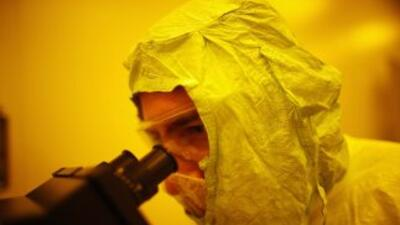El anticuerpo hace que las personas afectadas sean vulnerables a infecci...