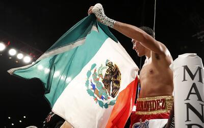 Benavidez es el campeón más jóven en la historia de...