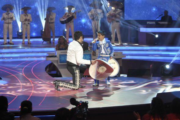 """""""Serenata Huasteca"""" fue la canción que interpretaron juntos."""