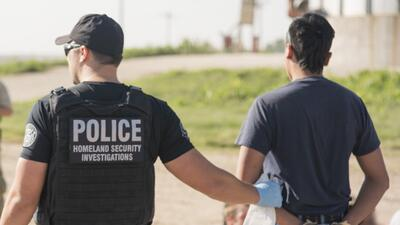 Fotos: ICE realiza en Nebraska una de sus mayores operaciones migratorias de la historia
