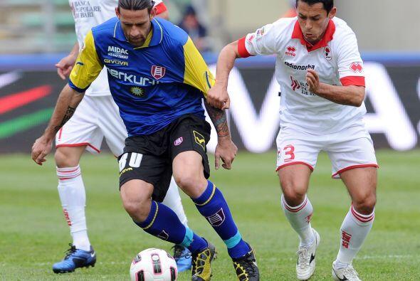 En duelo de equipos 'chicos', Bari y Chievo Verona se vieron las caras.