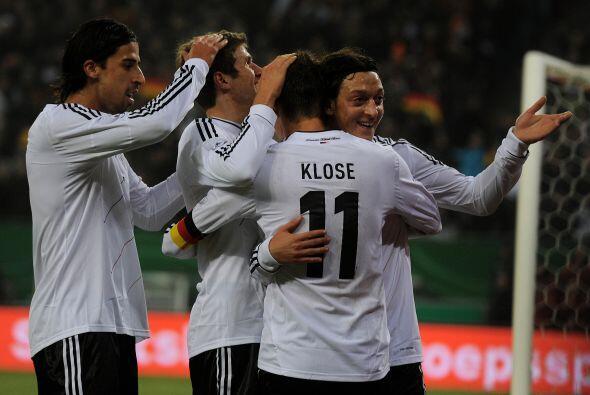 Sin embargo, el ya mencionado Özil cristalizó su participación con un go...