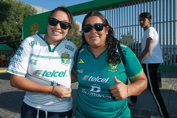 Así se vivió el colorido de la afición en las Semifinales del Clausura 2...
