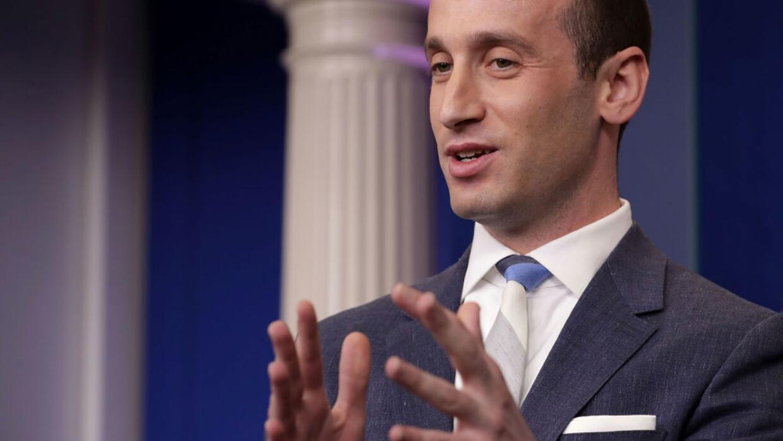 El asesor presidencial, Stephen Miller, explica la política migratoria d...