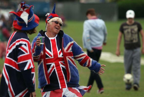 Los ingleses empezaron la fiesta desde temprano.