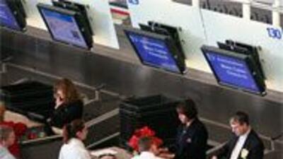 American Airlines brinda mejor servicio a usuarios con YADA 6050542eebb4...