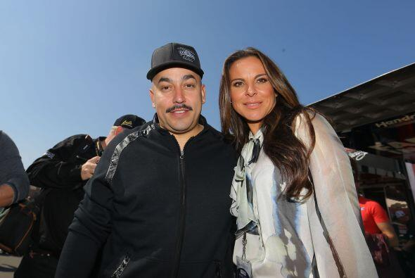 En esta carrera realizada en California Kate se encontró con Lupillo Riv...