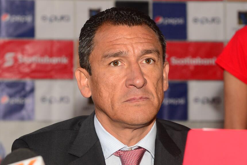 Juan Carlos Ortega vivió una primera etapa con las Chivas en el 2...