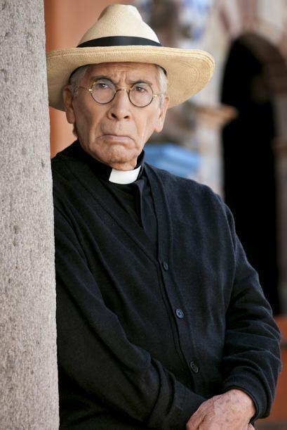 José Carlos Ruíz es el Padre Baldomero. El Padre Baldomero es un hombre...