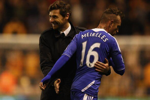 El entrenador Villas-Boas se veía contento, al sentir cerca el triunfo.