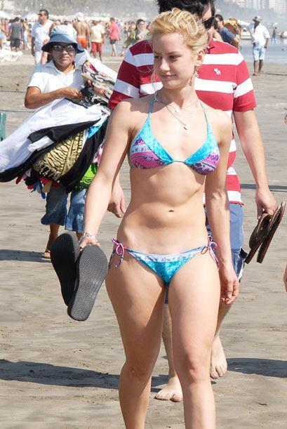 Altair Jarabo es malísimaaaa en las telenovelas pero en bikini es ¡muy b...