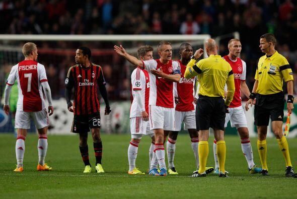 Pero el final era demasiado increíble y un penalti discutible a favor de...