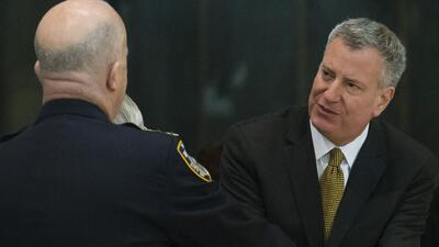 """Bill de Blasio: """"El ataque a los oficiales es un ataque a todos los neoy..."""