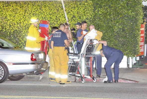 Una ambulancia llegó al lugar del incidente.