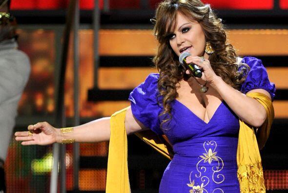 """JENNI RIVERA- La llamada """"Diva de la Banda"""" es una estrella que no ha du..."""