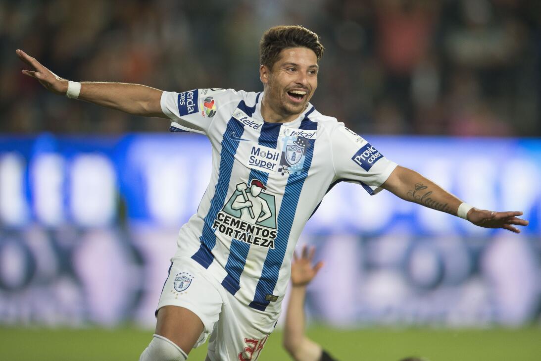 En fotos: Pachuca se acerca a la Liguilla tras pegarle a Santos gol-seba...