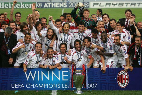 Milan tomó venganza de lo acontecido dos años atrás, una vez más ante el...