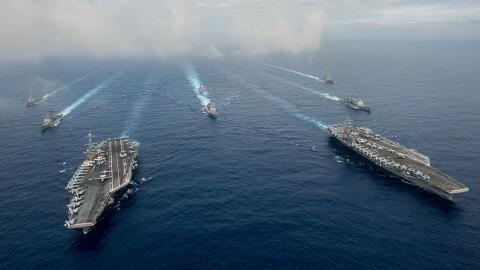 El USS Nimitz y el USS Ronald Reagan (en la foto) realizarán ejer...