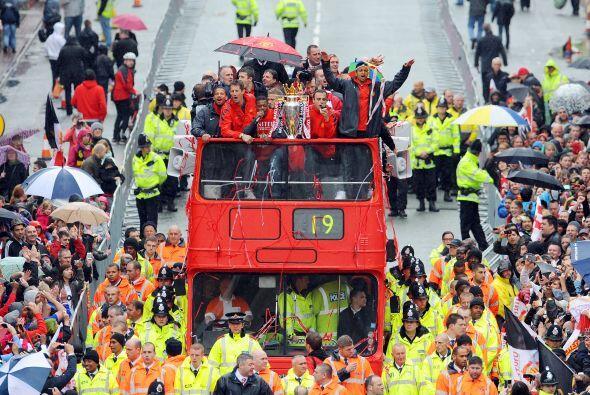 Es cierto, los 'Red Devils' ganaron la Liga Premier inglesa desde días a...