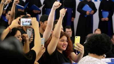 """Entre gritos de """"asesino"""" y exigencias para poner fin a la represión, Ortega se enfrenta al diálogo en Nicaragua"""