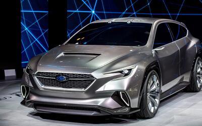 El Subaru VIZIV Tourer Concept que debutó este martes en el Motor...