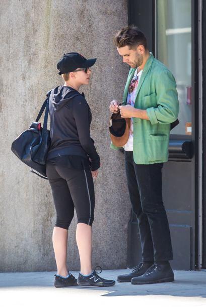 El cuerpo de Johansson luce exquisito, incluso, mucho mejor que antes de...